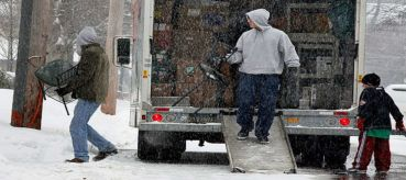 Moving Tips:  Tips For Loading A Truck During Winter Months