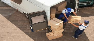 Advantages and Disadvantage of Hiring Local Movers for a Short Distance Move